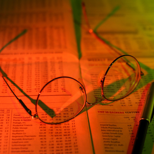 glasses and financial data
